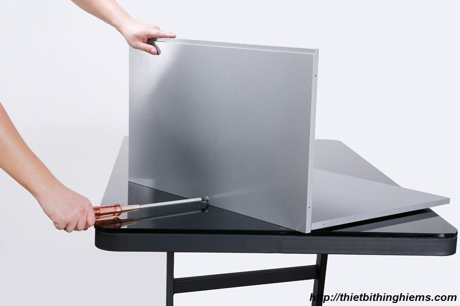 Ráp các khung tủ vào với nhau theo thứ tự các bước